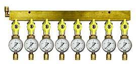 Manifold 8 pipes, shut-off valves, gauge till 4bar, CF8/6