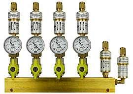 Manifold 4 pipes, shut-off valves, gauge -1 to 0bar, CF8/6